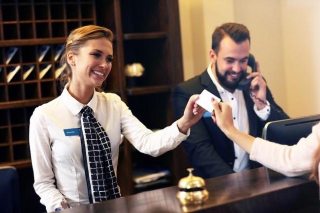 nghề quản trị nhà hàng khách sạn