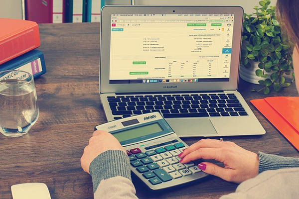 nghề kế toán phù hợp với nữ